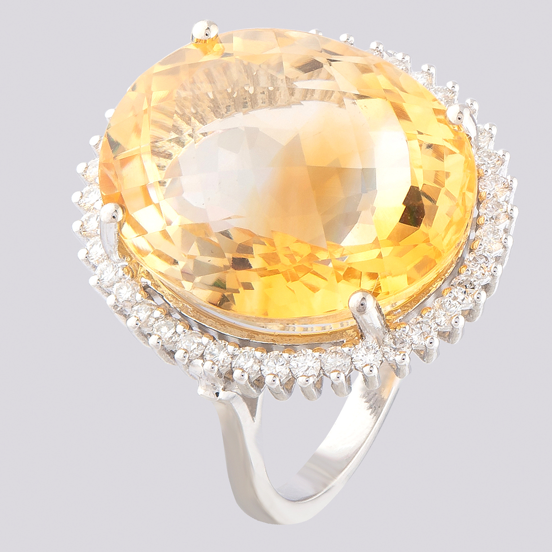 14K White Gold Large Cluster Ring 17,90 Ct. Citrine - 0,55 Ct. Diamond