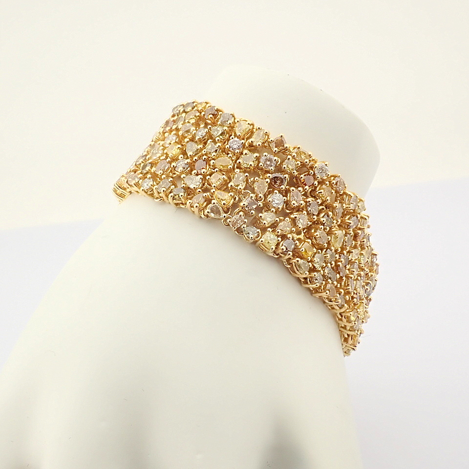 18K Yellow Gold Bracelet- 33,46 Ct. Natural Fancy Diamond - Image 2 of 10