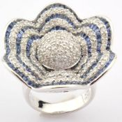 18K White Gold Ring- 4,75 Ct. Natural Sapphire, 2,70 Ct. Diamond