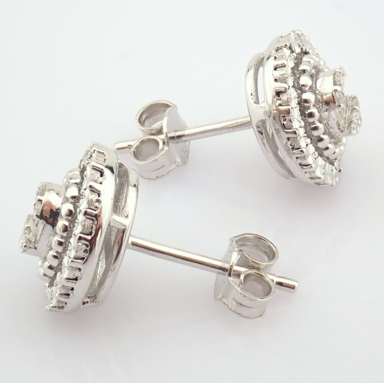 14K White Gold Diamond Earring - Image 8 of 10