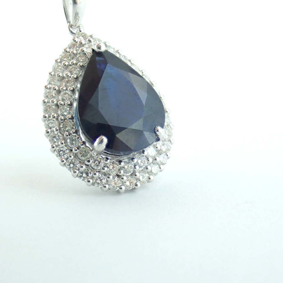 14K White Gold Diamond & Emerald Necklace - Image 9 of 14