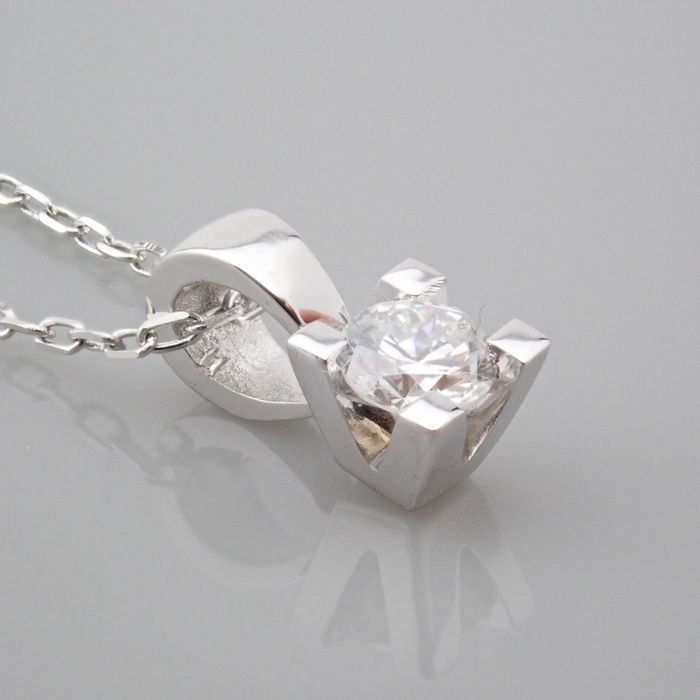 18 kt. White gold - Necklace with pendant - 0.18 Ct. Diamond