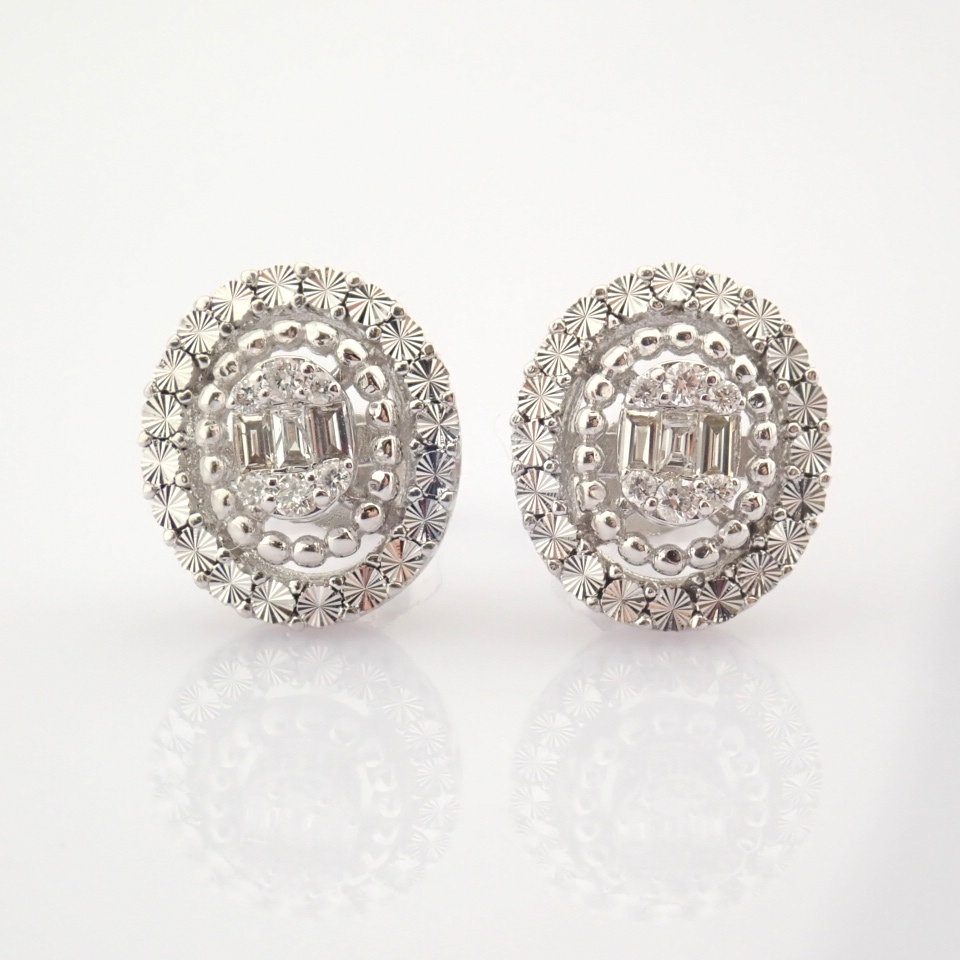 14K White Gold Diamond Earring - Image 2 of 10