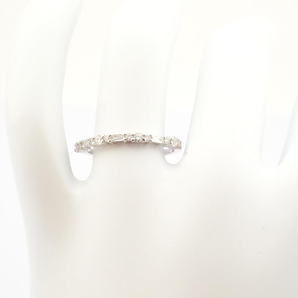 14K White Gold Diamond Ring - Image 4 of 8