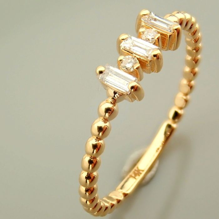 14 kt. Yellow gold - Necklace with pendant - 0.10 Ct. Diamond - Diamonds