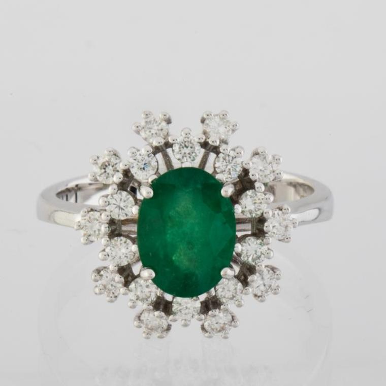 18K White Gold Emerald Cluster Ring Total 1.45 Ct. - Image 4 of 4
