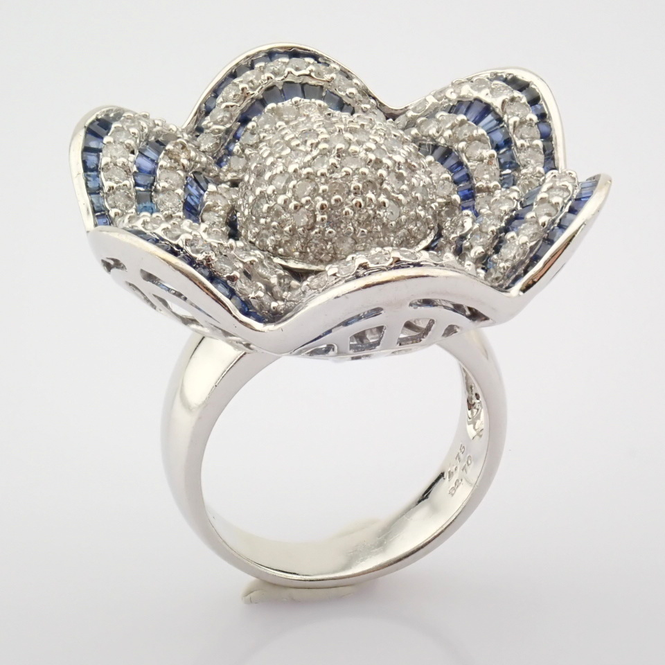 18K White Gold Ring- 4,75 Ct. Natural Sapphire, 2,70 Ct. Diamond - Image 2 of 8