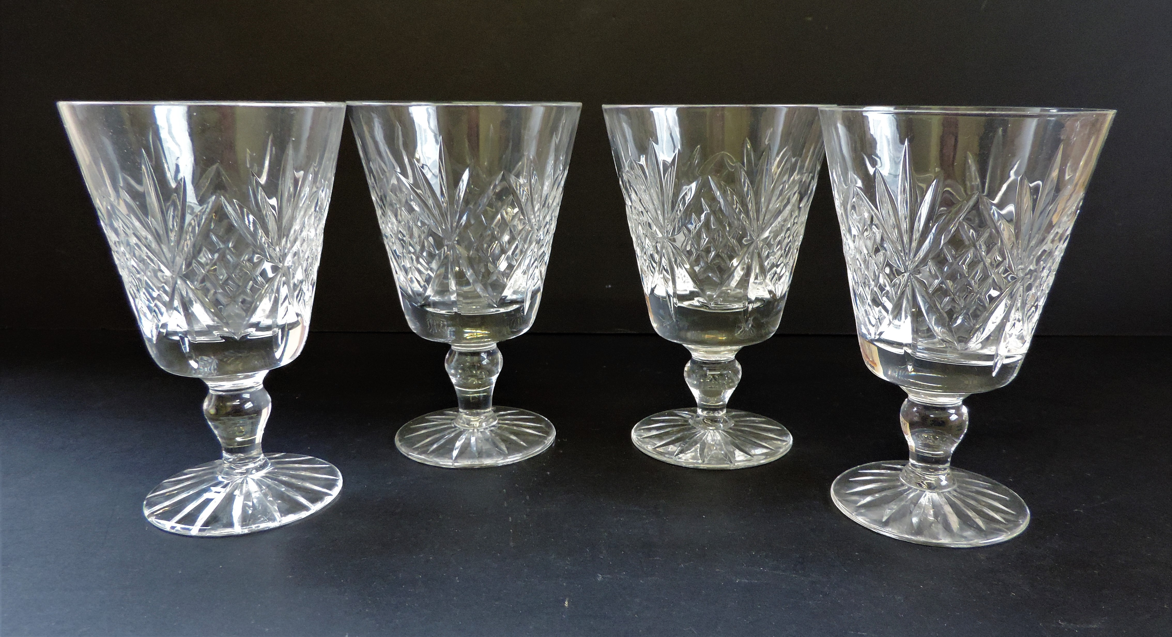 Set of 4 Vintage Crystal Wine Goblets 12cm tall