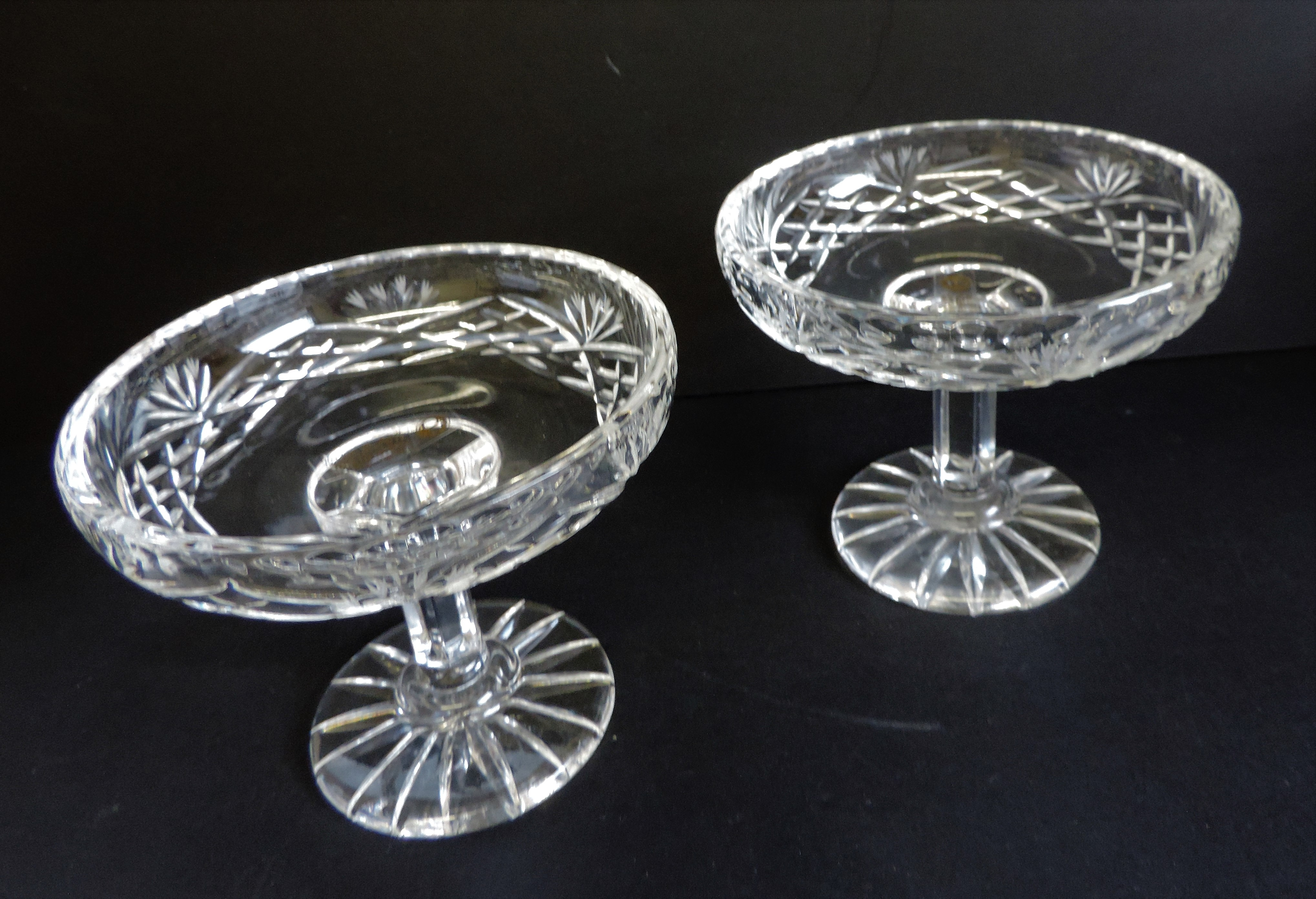 Pair of Hand Cut Crystal Dishes by Zawercie of Poland - Image 2 of 5