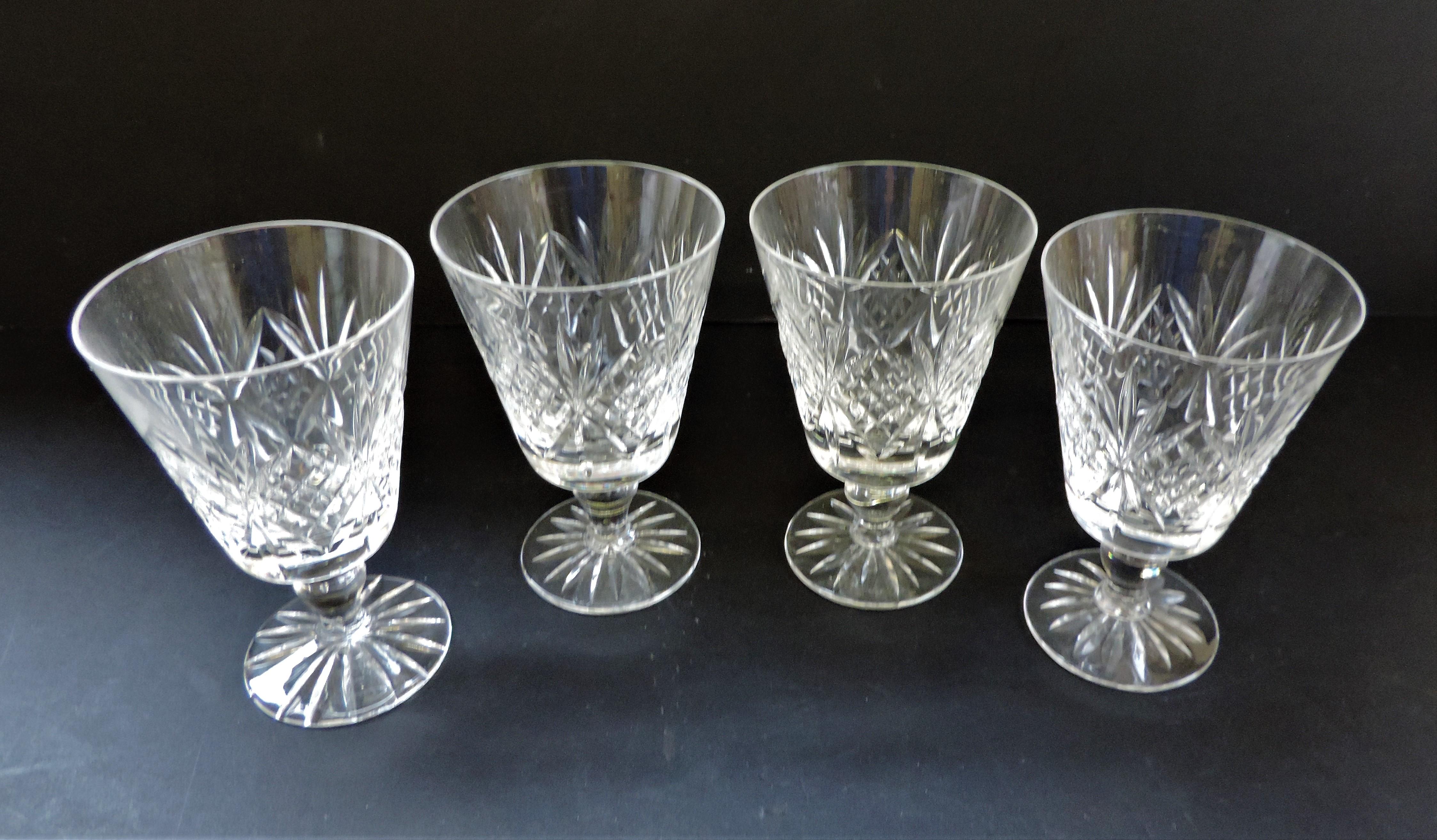Set of 4 Vintage Crystal Wine Goblets 12cm tall - Image 4 of 4