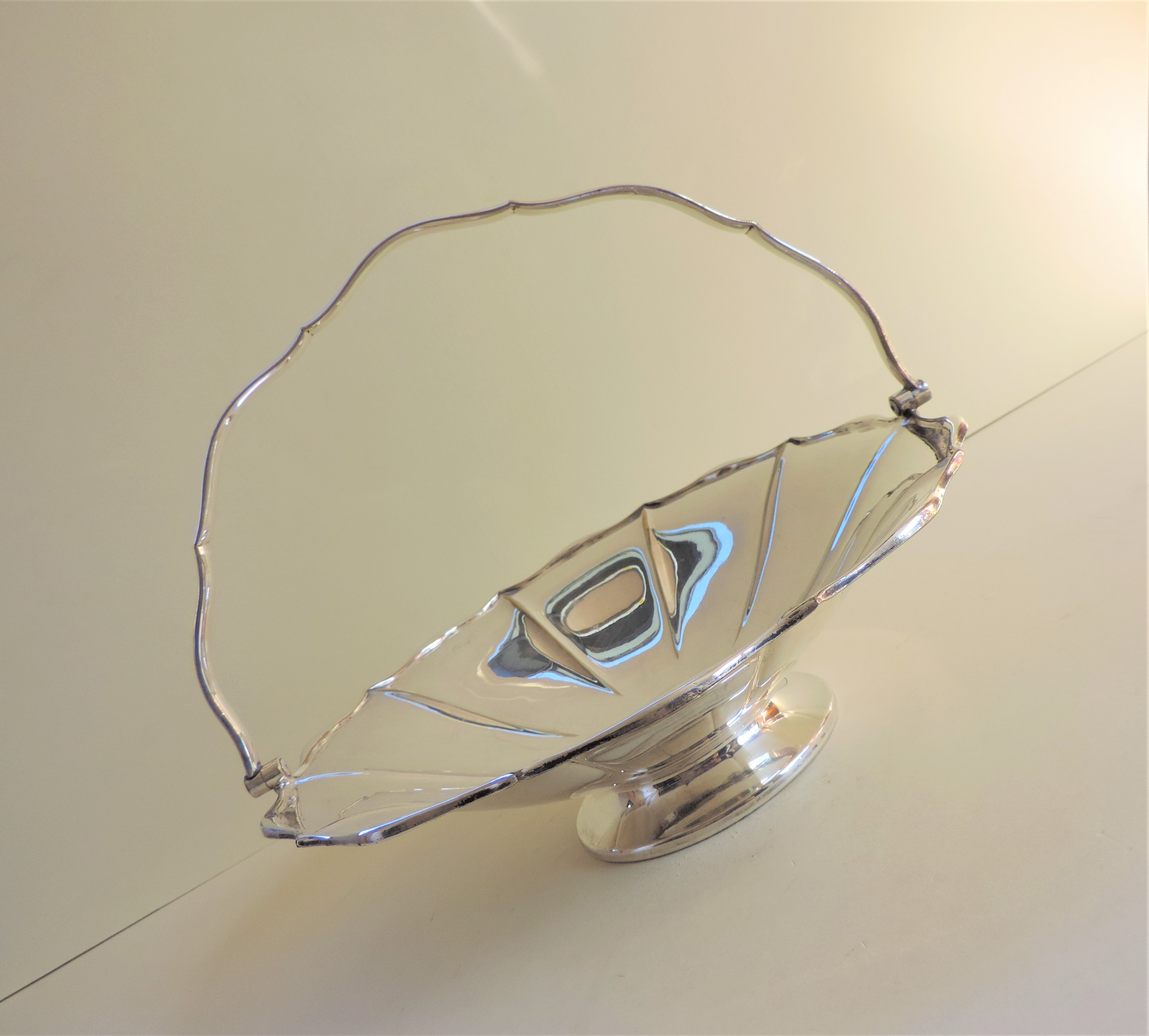 Antique Art Nouveau Mappin & Webb Silver Plated Cake/Bread Basket - Image 3 of 5