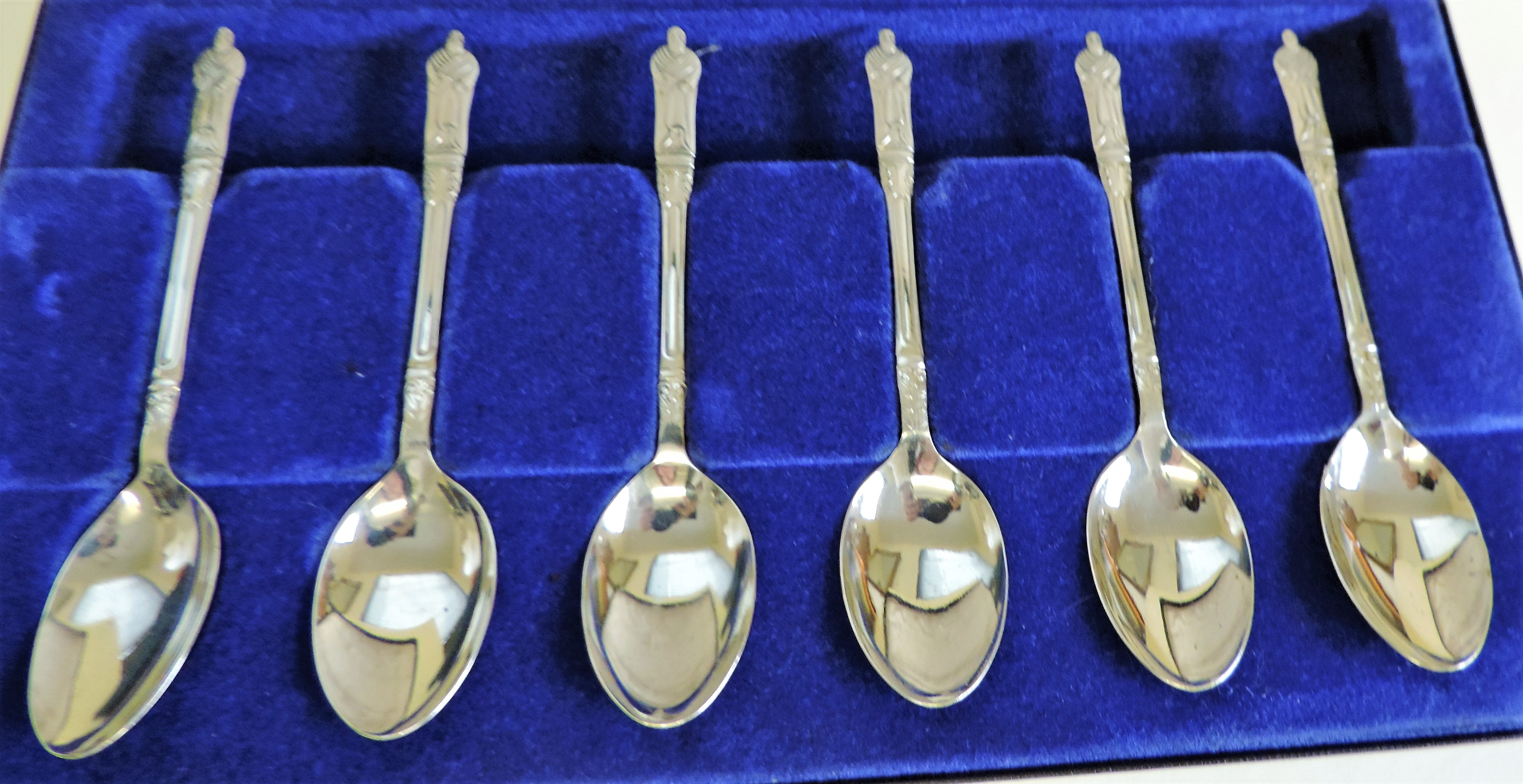 Cased Set 6 Silver Plated Apostle Tea Spoons - Image 3 of 3