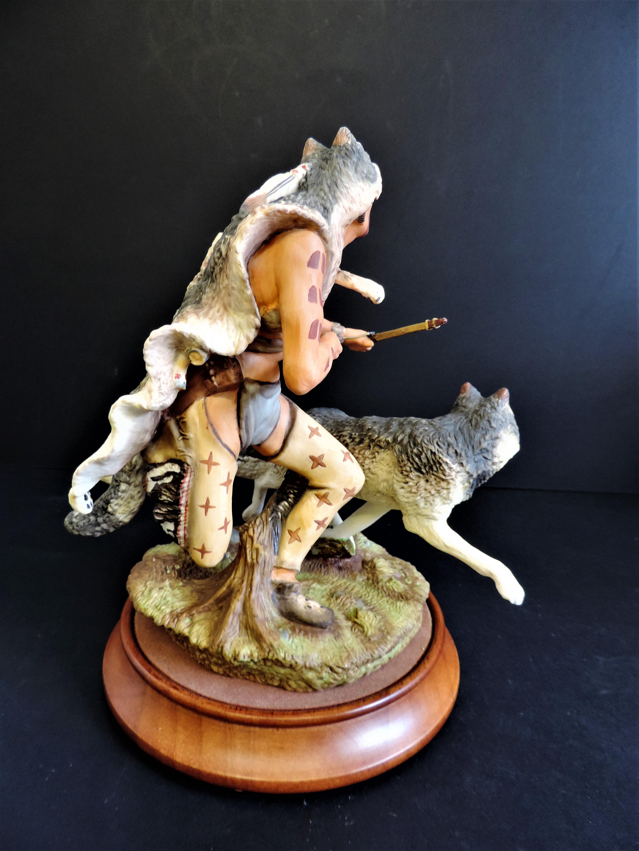 Franklin Mint 'Wolf Runner' Porcelain Figurine Sculpture R.J. Murphy - Image 4 of 6