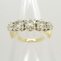 A certificated 18ct white and yellow gold 1.40 carat 5-stone graduated diamond ring