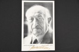 Simon Wiesenthal (1908 - 2005) Original signature on photograph.