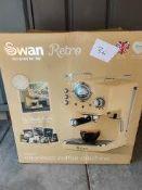 Swan retro espresso coffee machine Ð RRP £99.99 Grade U