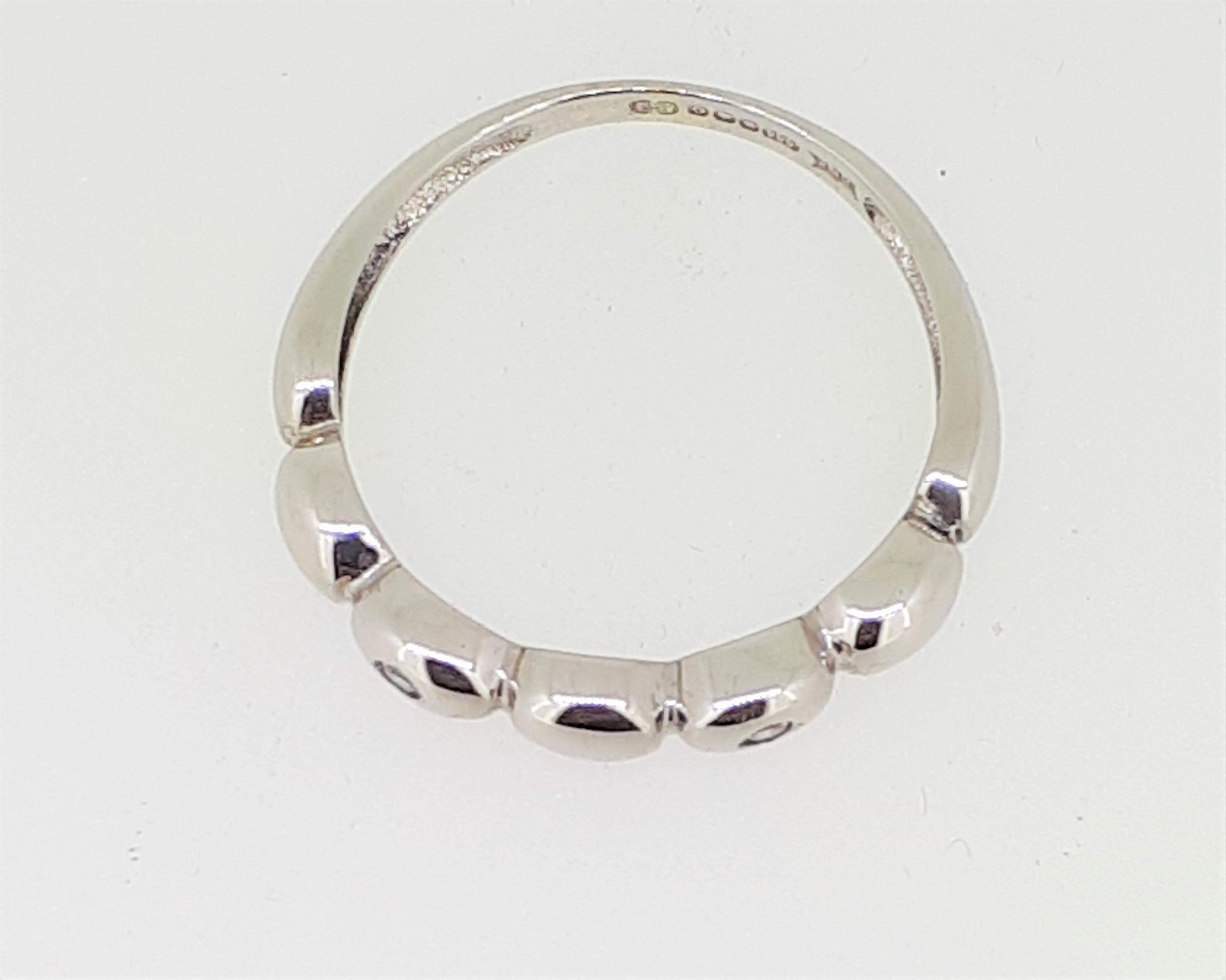 14ct (585) White Gold & Diamond Five Bead Ring - Image 2 of 6
