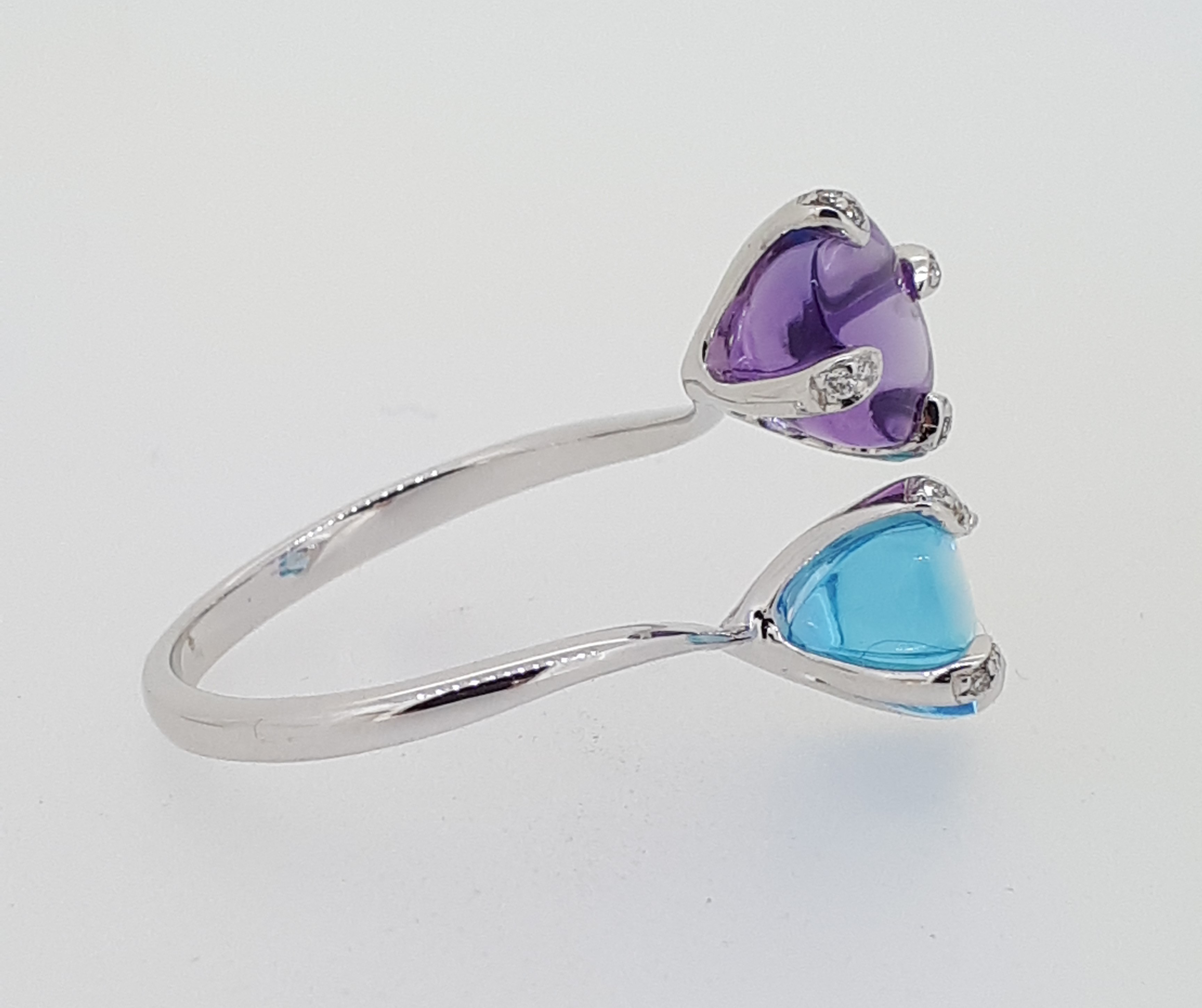 18ct (750) Topaz & Amethyst Crossover Ring with Diamond Claw Setting - Image 2 of 6