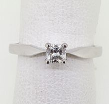 18ct (750) White Gold 0.19ct Princess Cut Diamond Solitaire Ring