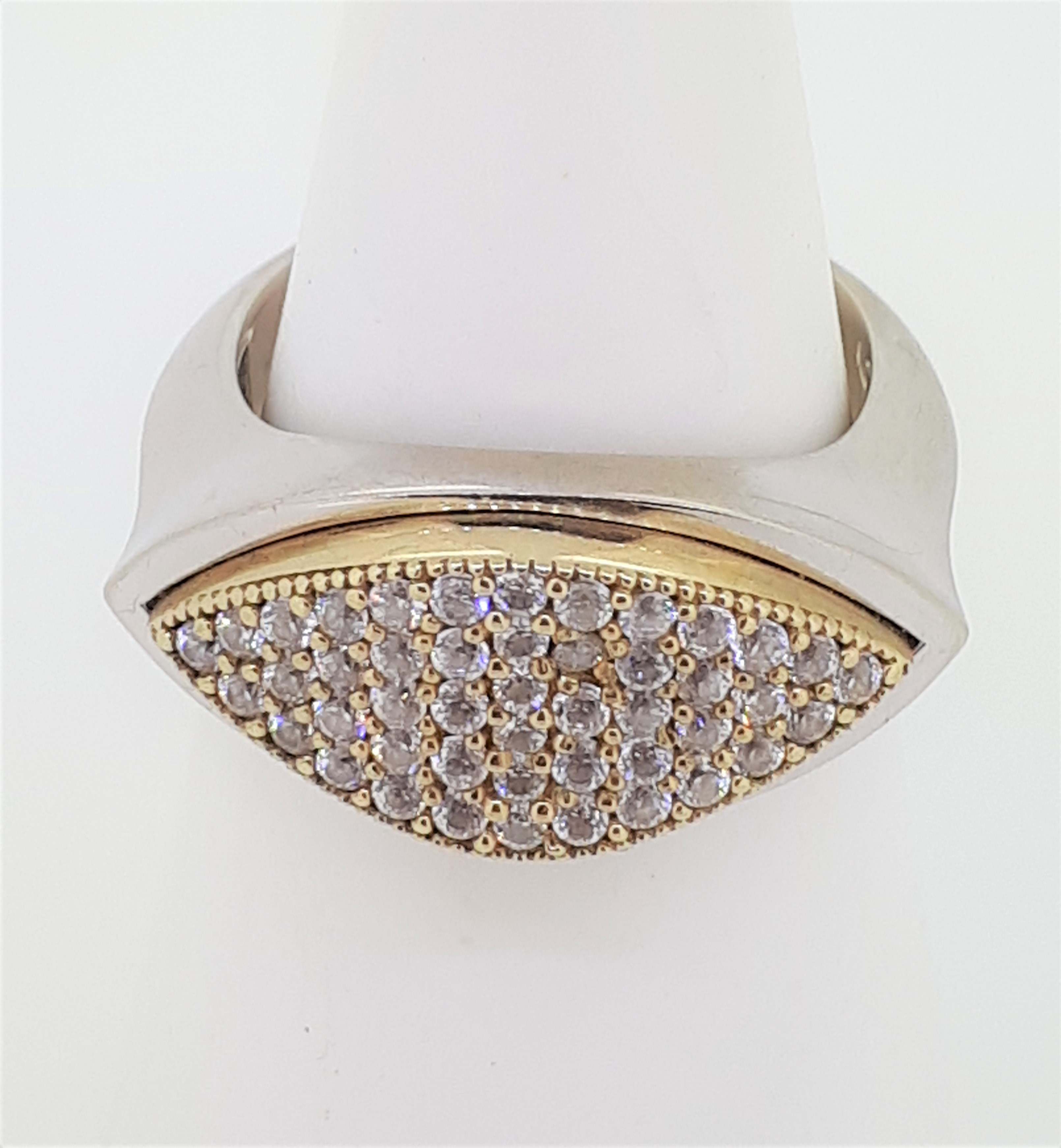9ct (375) White & Yellow Gold Marquise-Shaped CZ Ring - Image 3 of 4