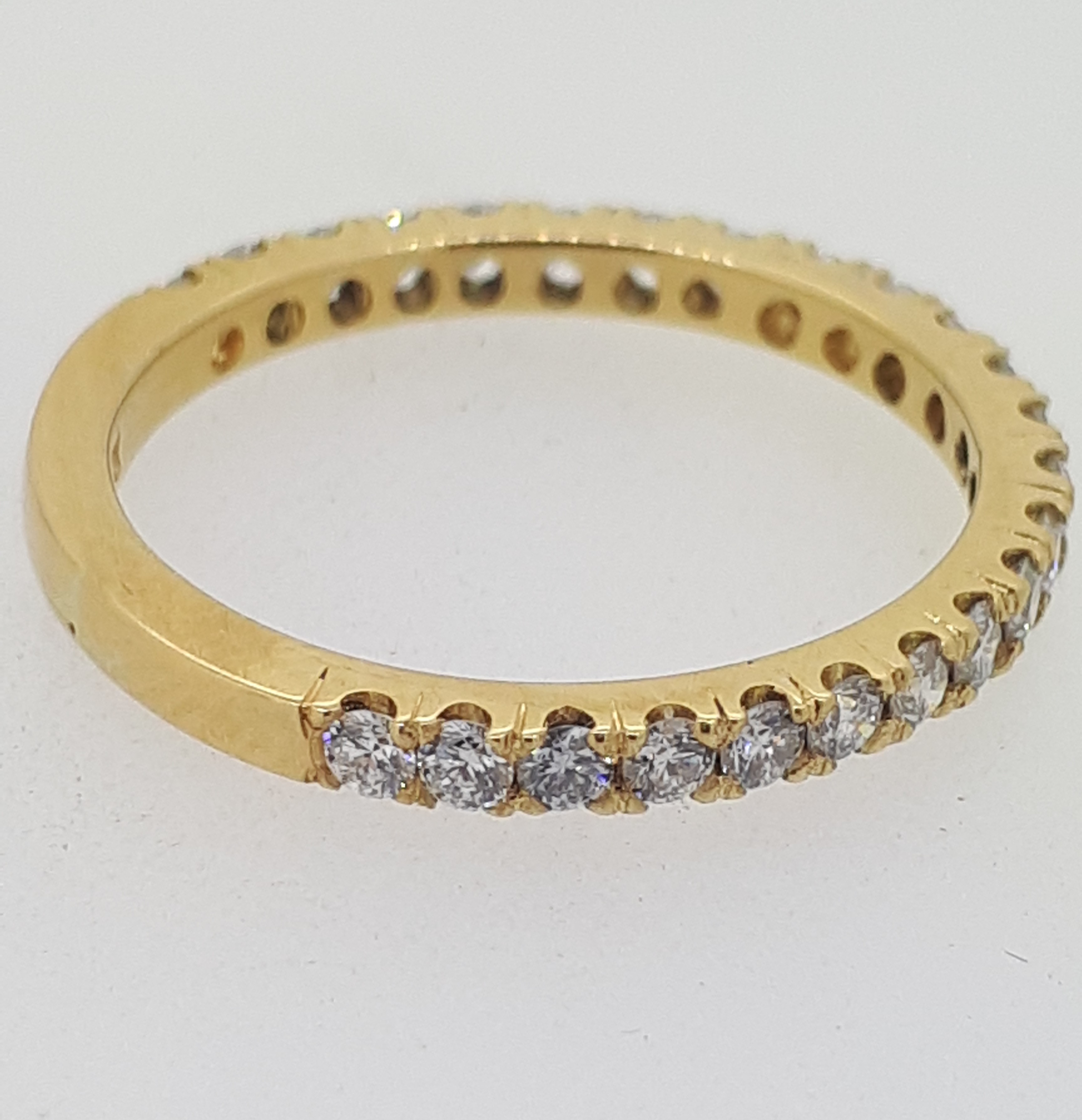 Handmade 18ct (750) yellow Gold 0.25ct 3/4 Claw Set Eternity Ring - Image 4 of 6