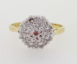 18ct (750) Yellow Gold Diamond Cluster Star Set Ring