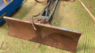 Blade to fit compact tractor - No Reserve