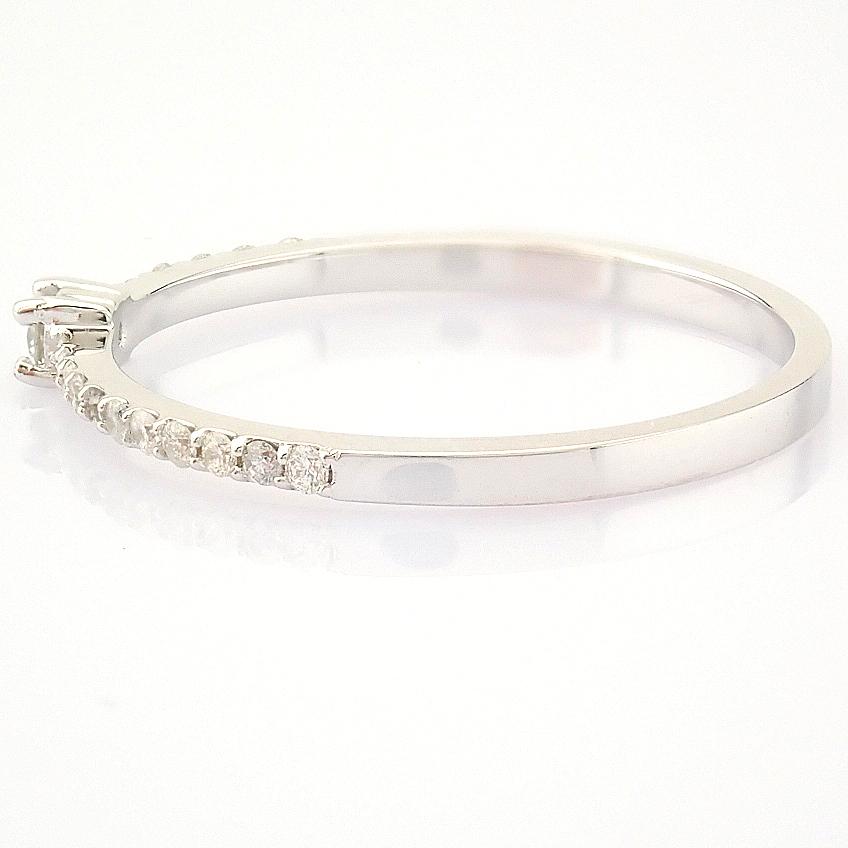 HRD Antwerp Certified 14K White Gold Diamond Ring (Total 0.11 Ct. Stone) 14K White Gold Ring - Image 6 of 9