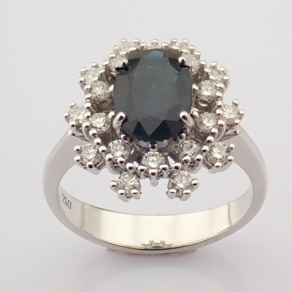 HRD Antwerp Certified 18K White Gold Sapphire Cluster Ring Total 1.45 Ct.   18K White Gold Ring - Image 2 of 6