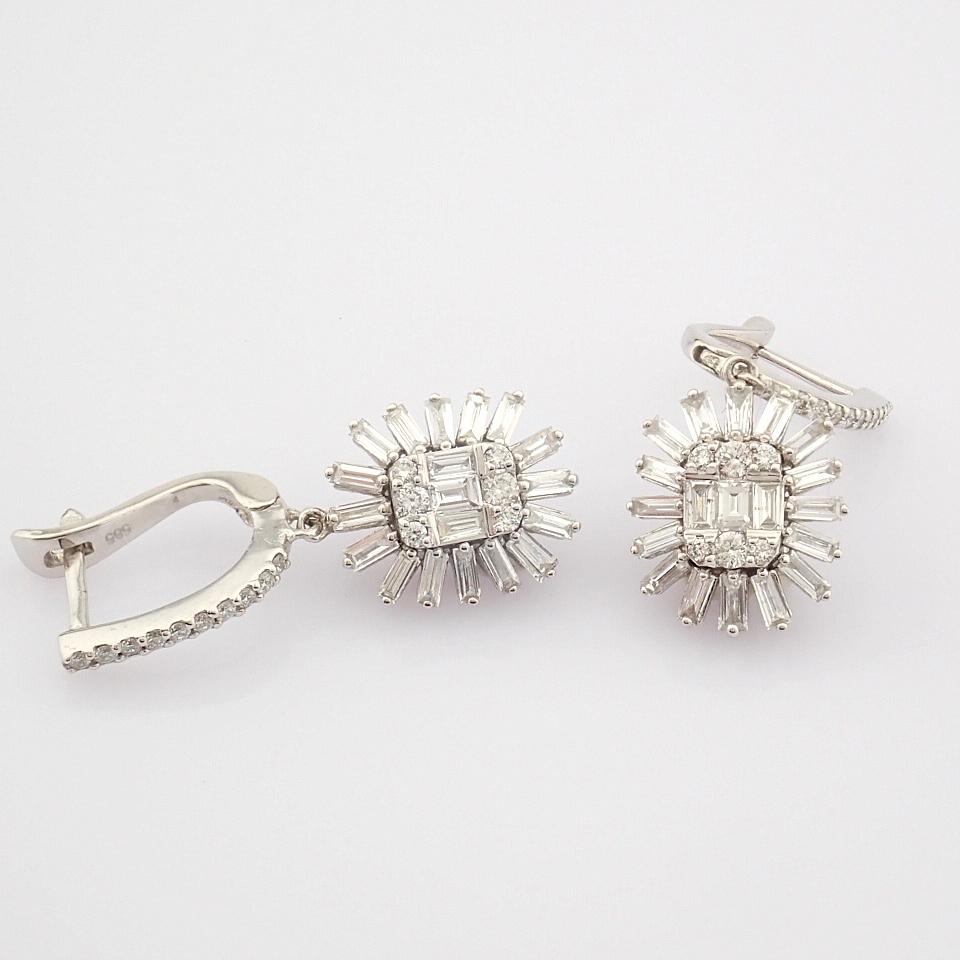 HRD Antwerp Certified 14K White Gold Diamond Earring (Total 1.02 Ct. Stone) 14K White Gold Earring - Image 5 of 8
