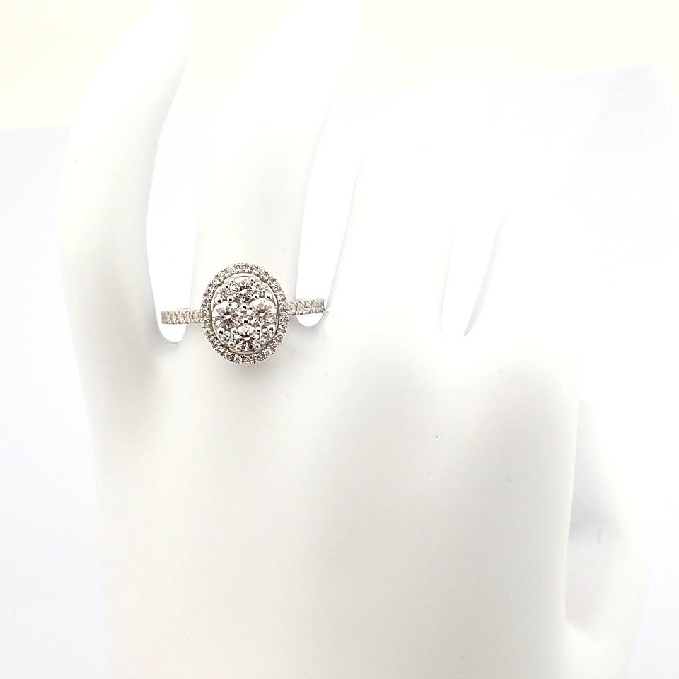 HRD Antwerp Certified 18K White Gold Diamond Ring (Total 0.89 Ct. Stone) 18K White Gold Ring - Image 5 of 13