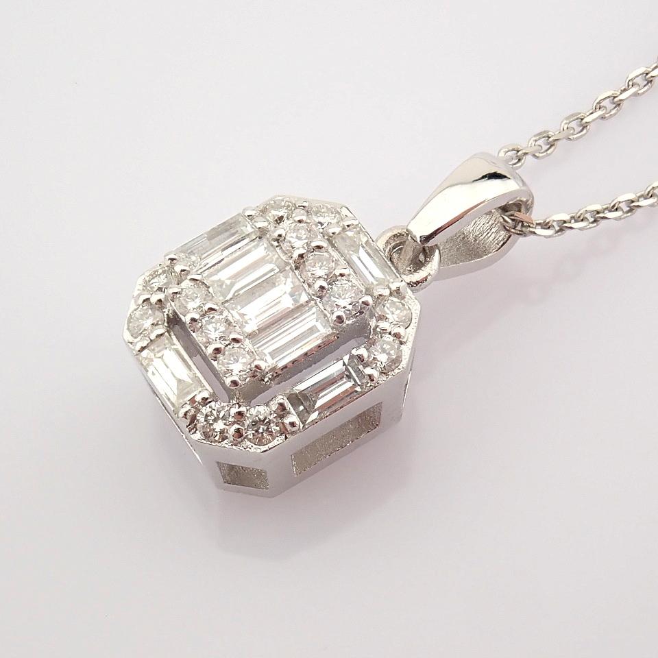HRD Antwerp Certified 14k White Gold Diamond Pendant (Total 0.3 Ct. Stone) 14k White Gold Pendant - Image 5 of 8
