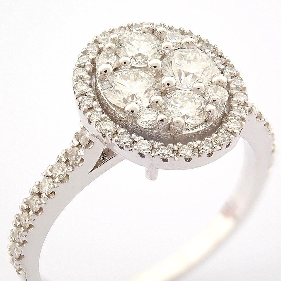 HRD Antwerp Certified 18K White Gold Diamond Ring (Total 0.89 Ct. Stone) 18K White Gold Ring - Image 3 of 13