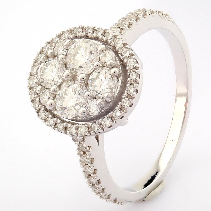 HRD Antwerp Certified 18K White Gold Diamond Ring (Total 0.89 Ct. Stone) 18K White Gold Ring - Image 4 of 13