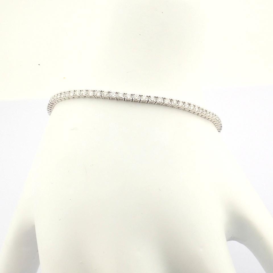 HRD Antwerp Certified 14K White Gold Diamond Bracelet (Total 2.06 Ct. Stone) 14K White Gold Bracelet - Image 7 of 10