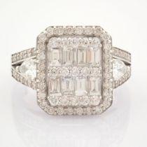 HRD Antwerp Certified 14K White Gold Diamond Ring (Total 1.65 Ct. Stone) 14K White Gold Ring