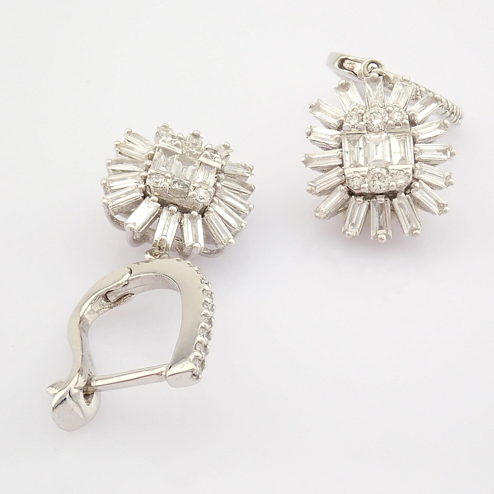HRD Antwerp Certified 14K White Gold Diamond Earring (Total 1.02 Ct. Stone) 14K White Gold Earring - Image 6 of 8
