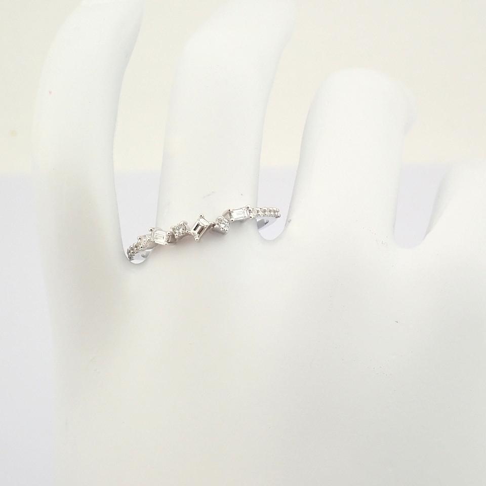 HRD Antwerp Certified 14k White Gold & Diamond Ring (Total 0.19 Ct. Stone) 14k White Gold Ring - Image 3 of 9