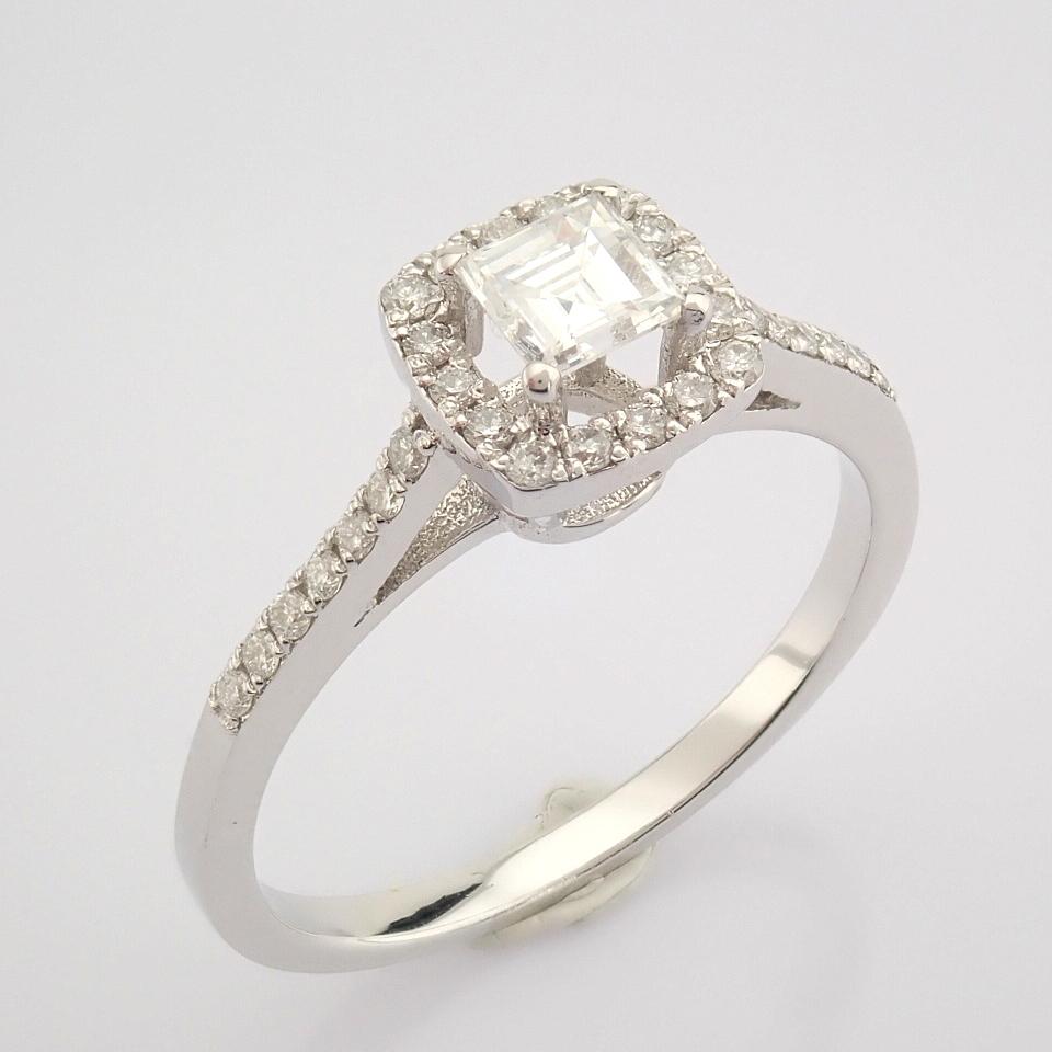 HRD Antwerp Certified 18K White Gold Princess Cut Diamond & Diamond Ring (Total 0.52 Ct. Ston... 18K - Image 2 of 9