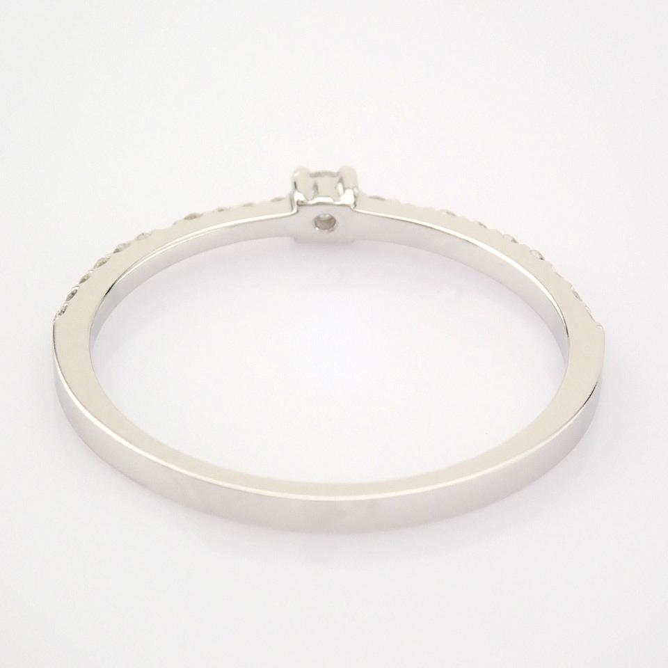 HRD Antwerp Certified 14K White Gold Diamond Ring (Total 0.11 Ct. Stone) 14K White Gold Ring - Image 7 of 9
