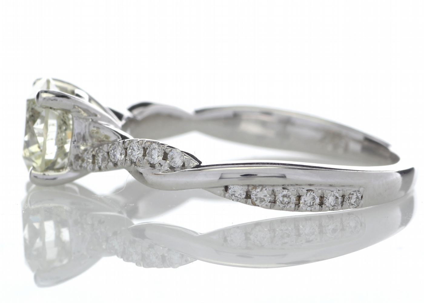 18k White Gold Diamond Ring With Waved Stone Set Shoulders 1.22 Carats - Image 3 of 5