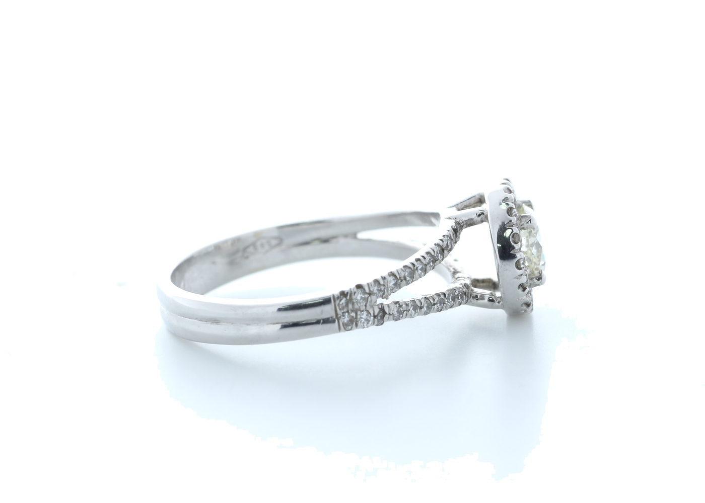18k White Gold Single Stone With Halo Setting Ring 0.78 (0.45) Carats - Image 4 of 5