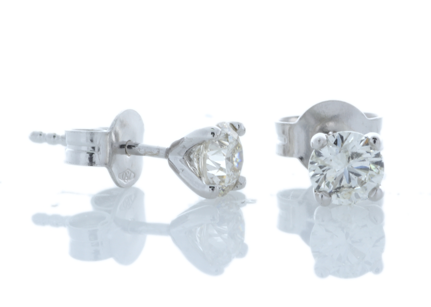 18k White Gold Wire Set Diamond Earrings 0.80 Carats - Image 3 of 4