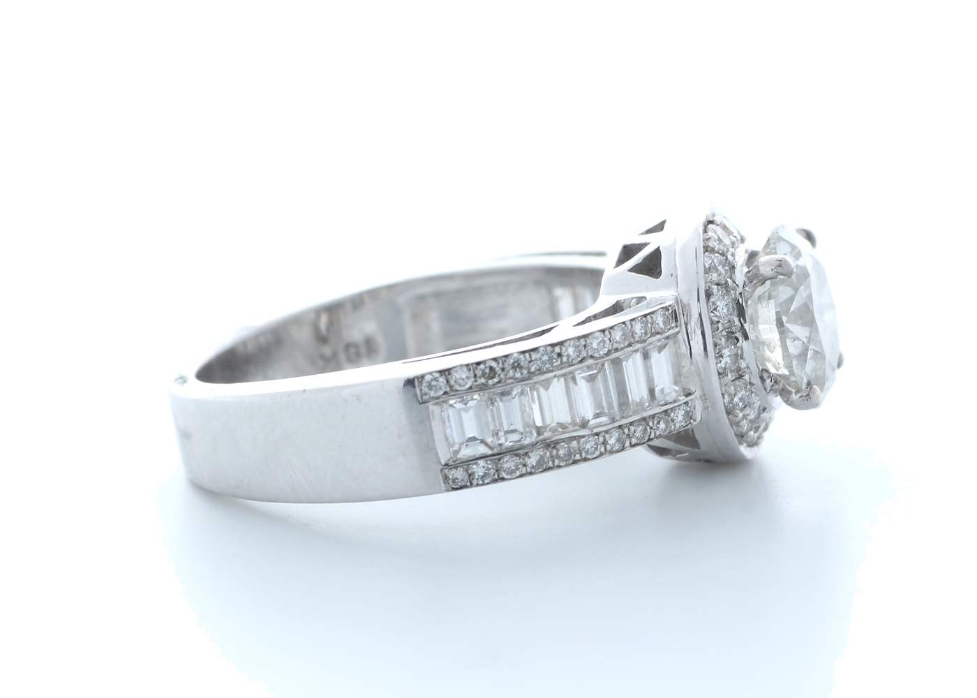 18ct White Gold Single Stone With Halo Setting Ring 2.62 (1.22) Carats - Image 4 of 5