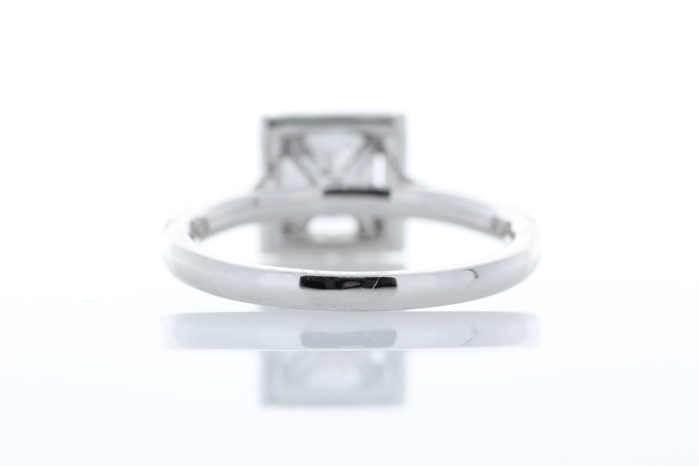 18ct White Gold Halo Set Princess Cut Diamond Ring 1.36 Carats - Image 3 of 6