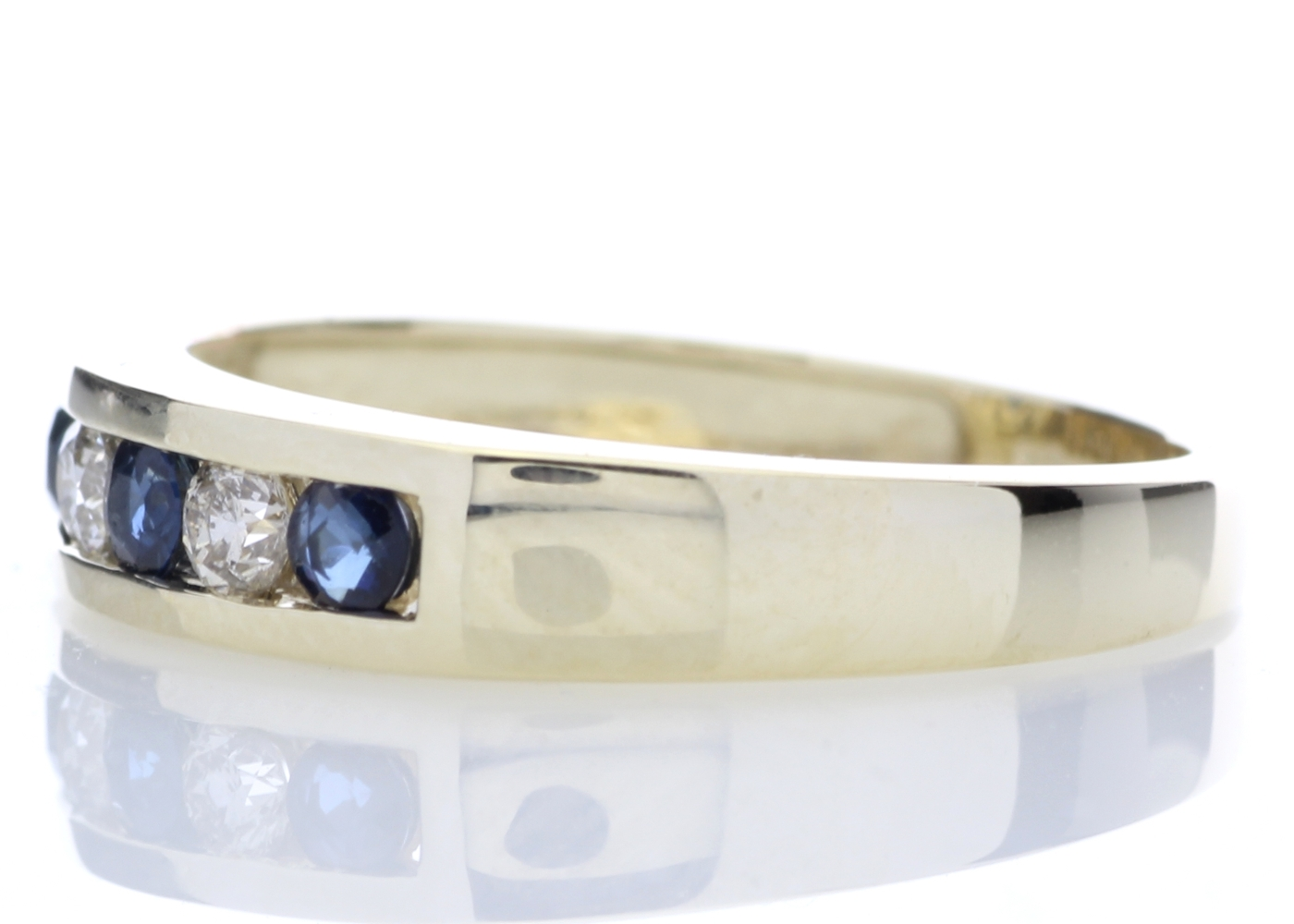 9ct Yellow Gold Channel Set Semi-Eternity Diamond Ring 0.25 Carats - Image 3 of 5