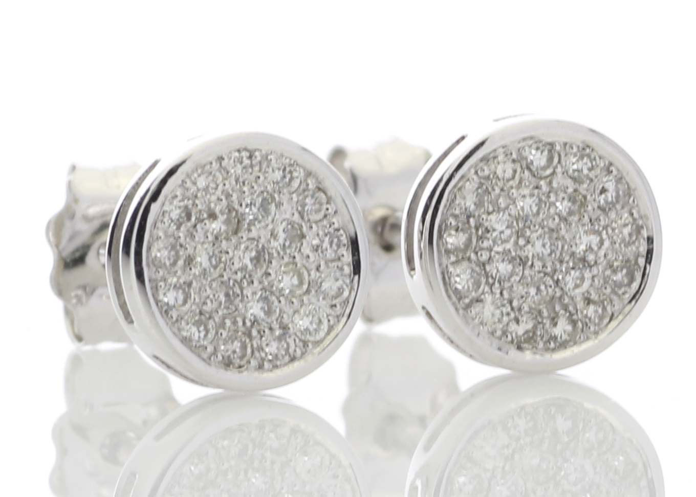 9ct White Gold Diamond Cluster Earrings 0.21 Carats - Image 4 of 5