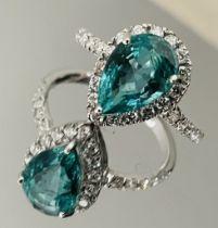 2.60 Carats Zambian Emerald With Natural Diamonds & 18k White Gold