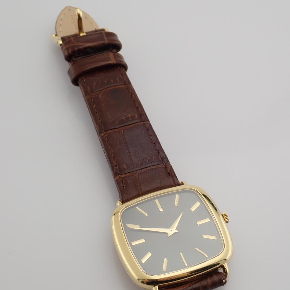 Piaget / 18K - Gentlemen's Yellow gold Wrist Watch - Image 2 of 9