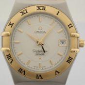 Omega / Constellation Perpetual Calendar - Gentlemen's Gold/Steel Wrist Watch